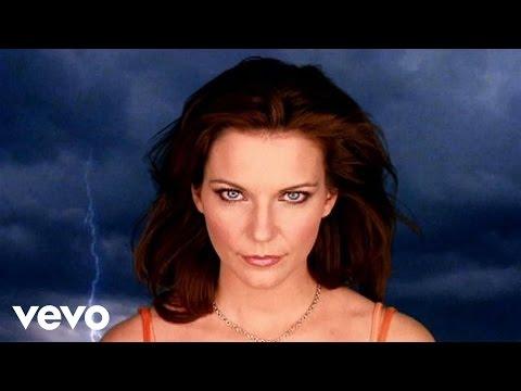 Martina McBride - When God-Fearin' Women Get The Blues (Official Video)