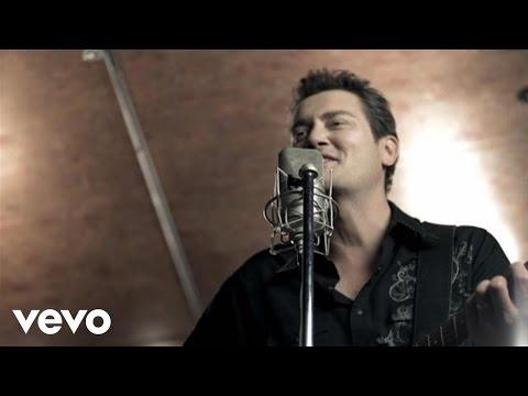 Adam Harvey - Stuck In The Middle ft. Guy Sebastian