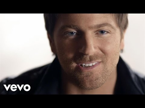 Kip Moore - Hey Pretty Girl (Official Music Video)