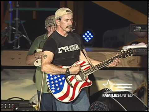 Aaron Tippin at the 2010 Weekend of Remembrance