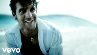 Billy Currington – Must Be Doin' Somethin' Right Thumbnail