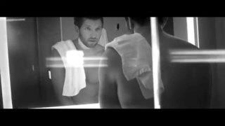 Brett Eldredge – Mean To Me Thumbnail
