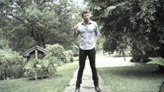 Brett Eldredge – One Mississippi Thumbnail