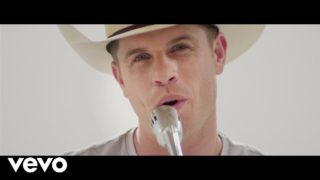 Dustin Lynch – Seein' Red Thumbnail