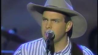 Garth Brooks – If Tomorrow Never Comes Thumbnail