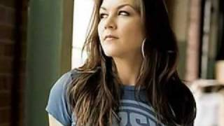 Gretchen Wilson – Here For The Party Thumbnail