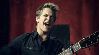 Hunter Hayes – Storm Warning Thumbnail