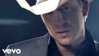 Justin Moore – If Heaven Wasnt So Far Away Thumbnail