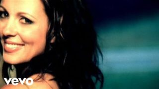 Sara Evans – Suds In The Bucket Thumbnail
