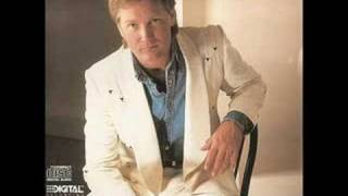 Steve Wariner – You Can Dream Of Me Thumbnail