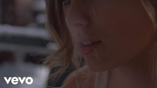 Taylor Swift – Back To December Thumbnail