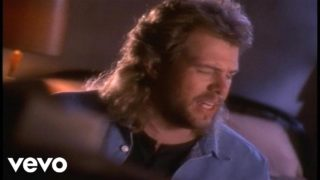 Toby Keith – He Ain't Worth Missing Thumbnail
