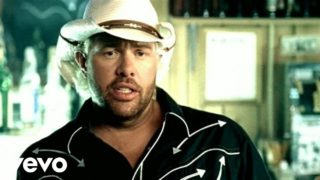 Toby Keith – I Love This Bar Thumbnail