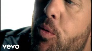 Toby Keith – Love Me If You Can Thumbnail