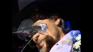 Waylon Jennings – Dreaming My Dreams With You Thumbnail